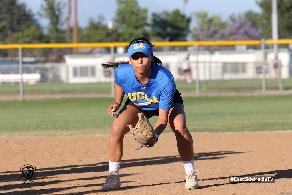 Jelly Felix Hosts Softball Fielding Clinic in Alhambra